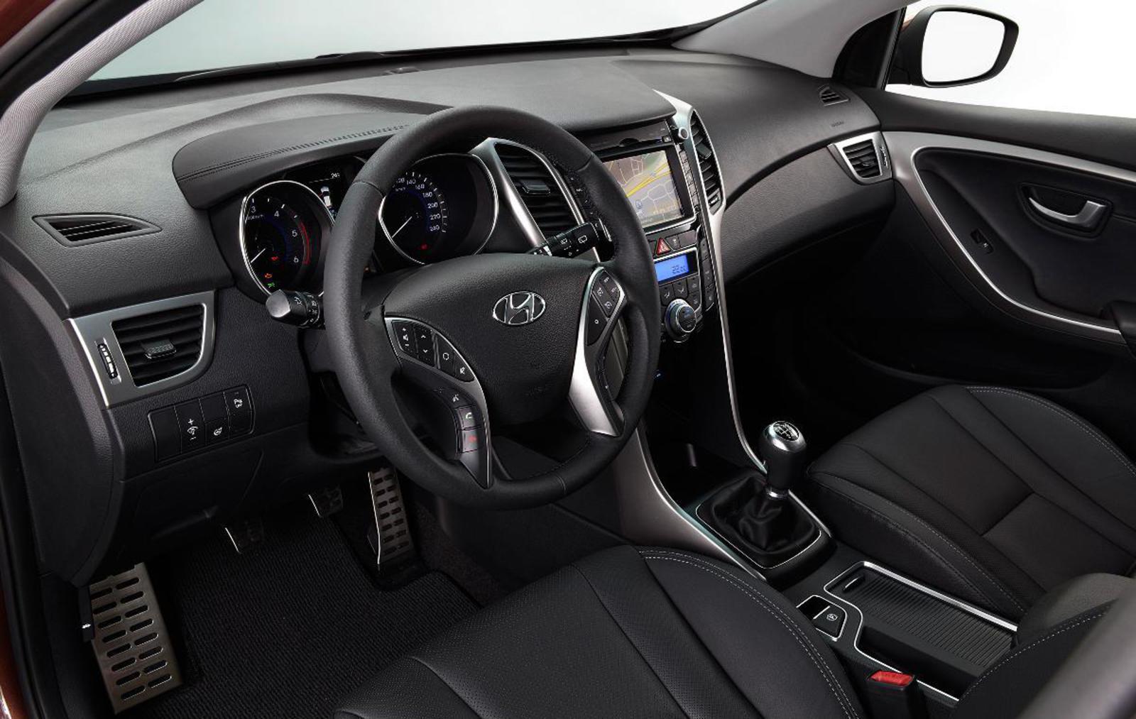 Hyundai I30 Estate 2012 Interior Front Seat Driver