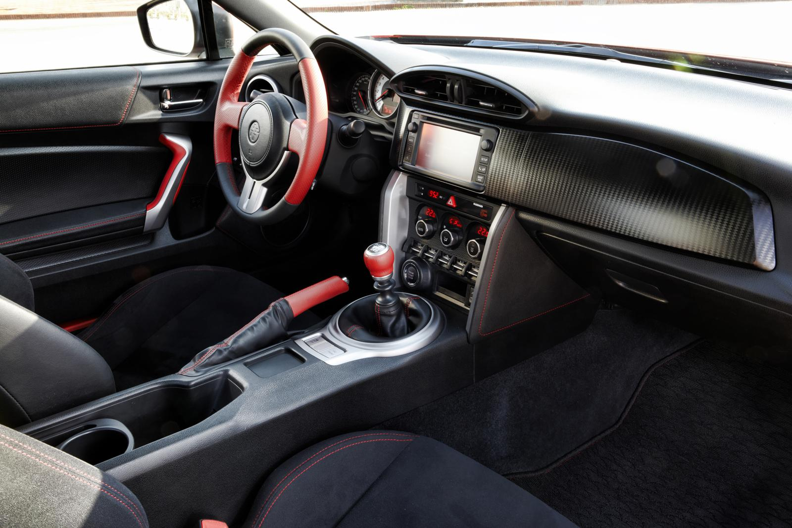 Toyota GT86 2012 Front Interior – Front Seat Driver
