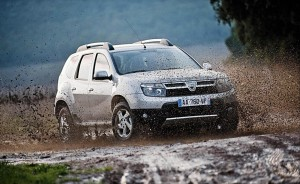 Dacia Duster 2012 Front Right