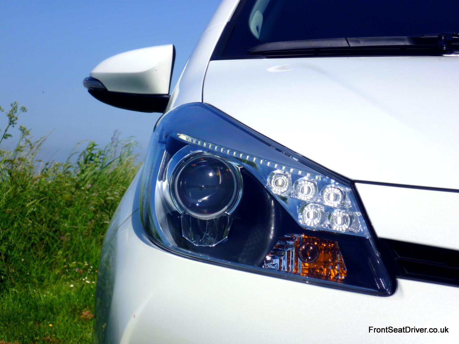 Toyota Yaris Hybrid 2012 Keen Look Headlights Front Seat
