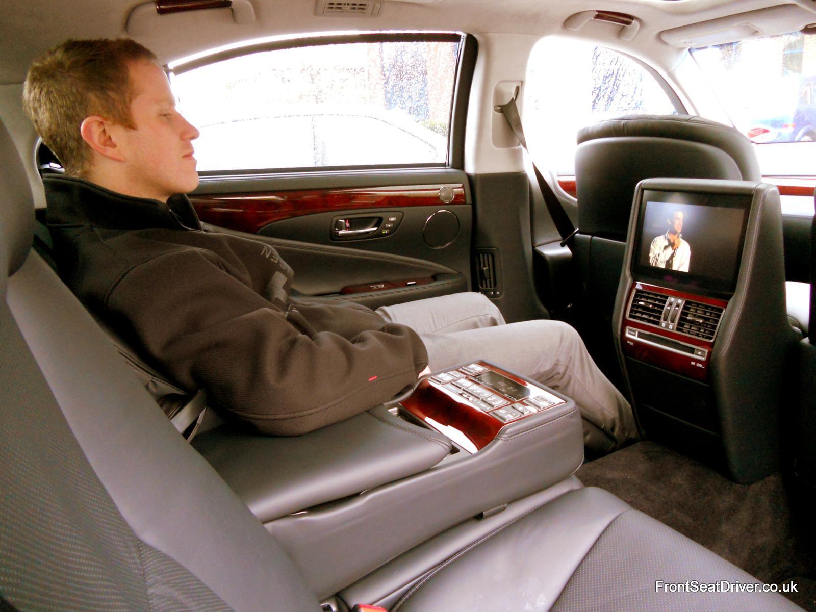 Lexus Ls 600h L 2012 Rear Space Front Seat Driver