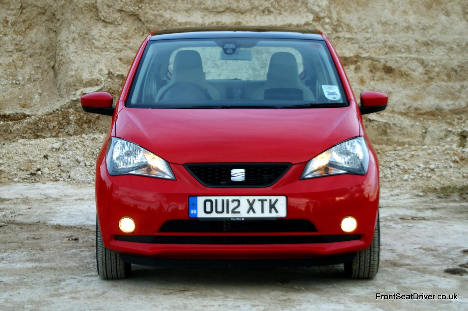 seat mii review seat mii city car on a road test with auto design tech. Black Bedroom Furniture Sets. Home Design Ideas