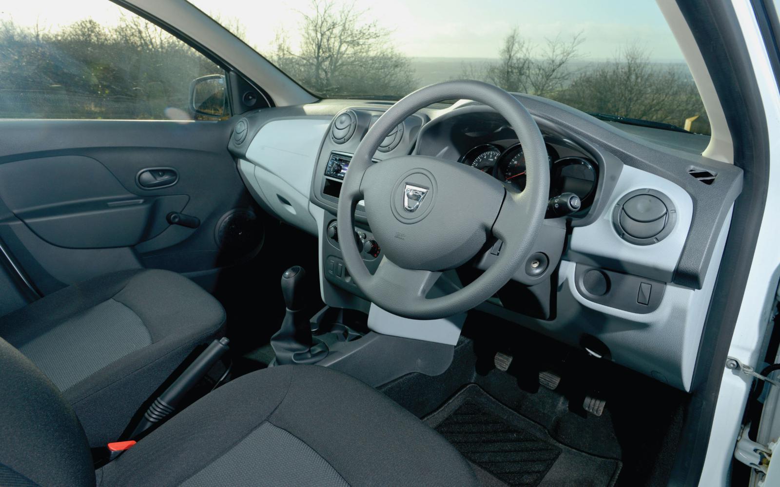 Dacia Sandero Access 2013 Interior Front Seat Driver