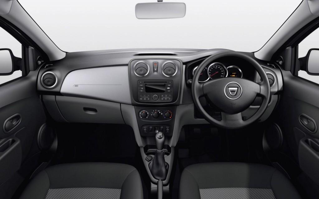 Dacia Sandero Laureate 2013 Dashboard Front Seat Driver