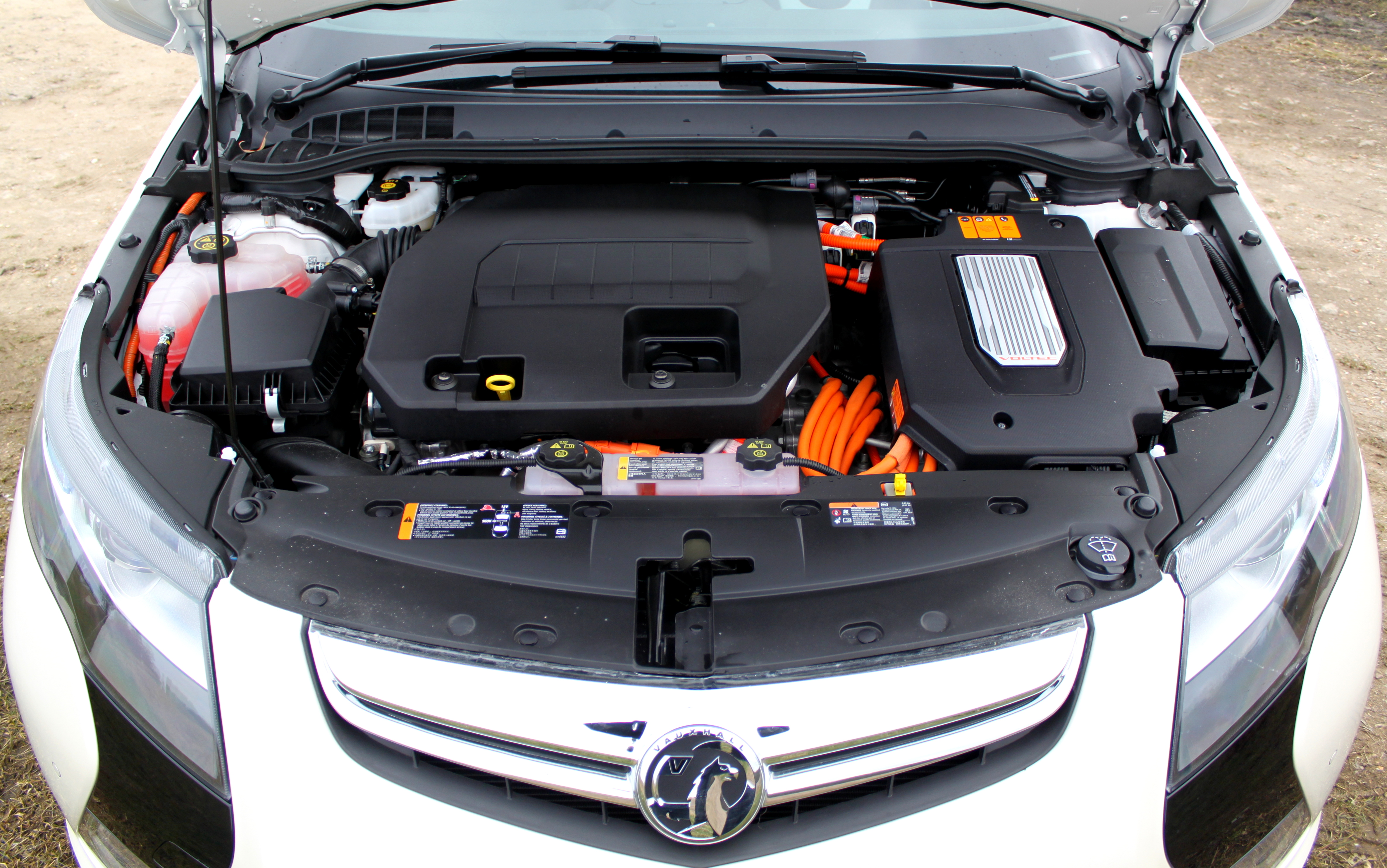 Vauxhall Ampera 2013 Engine Bay Lifewithampera Front