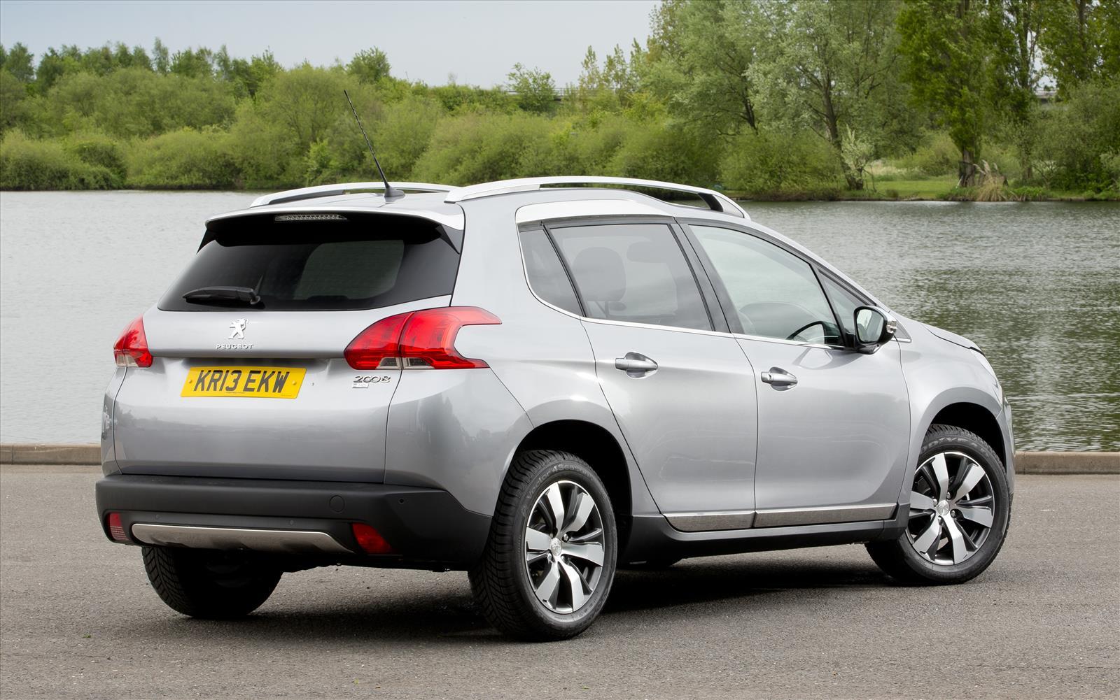 Peugeot 2008 2013 Rear