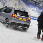 Peugeot 2008 2013 Towing Snowboarder