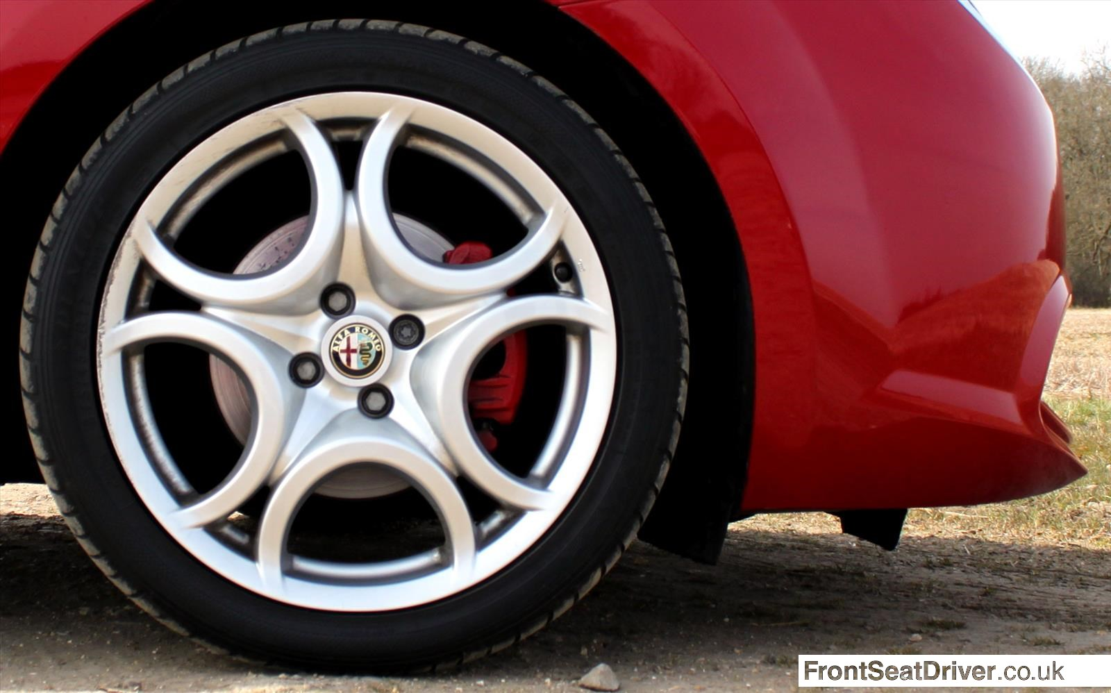 Alfa Romeo MiTo 2013 Wheel Detail