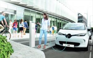 Renault Zoe 2013 Charging