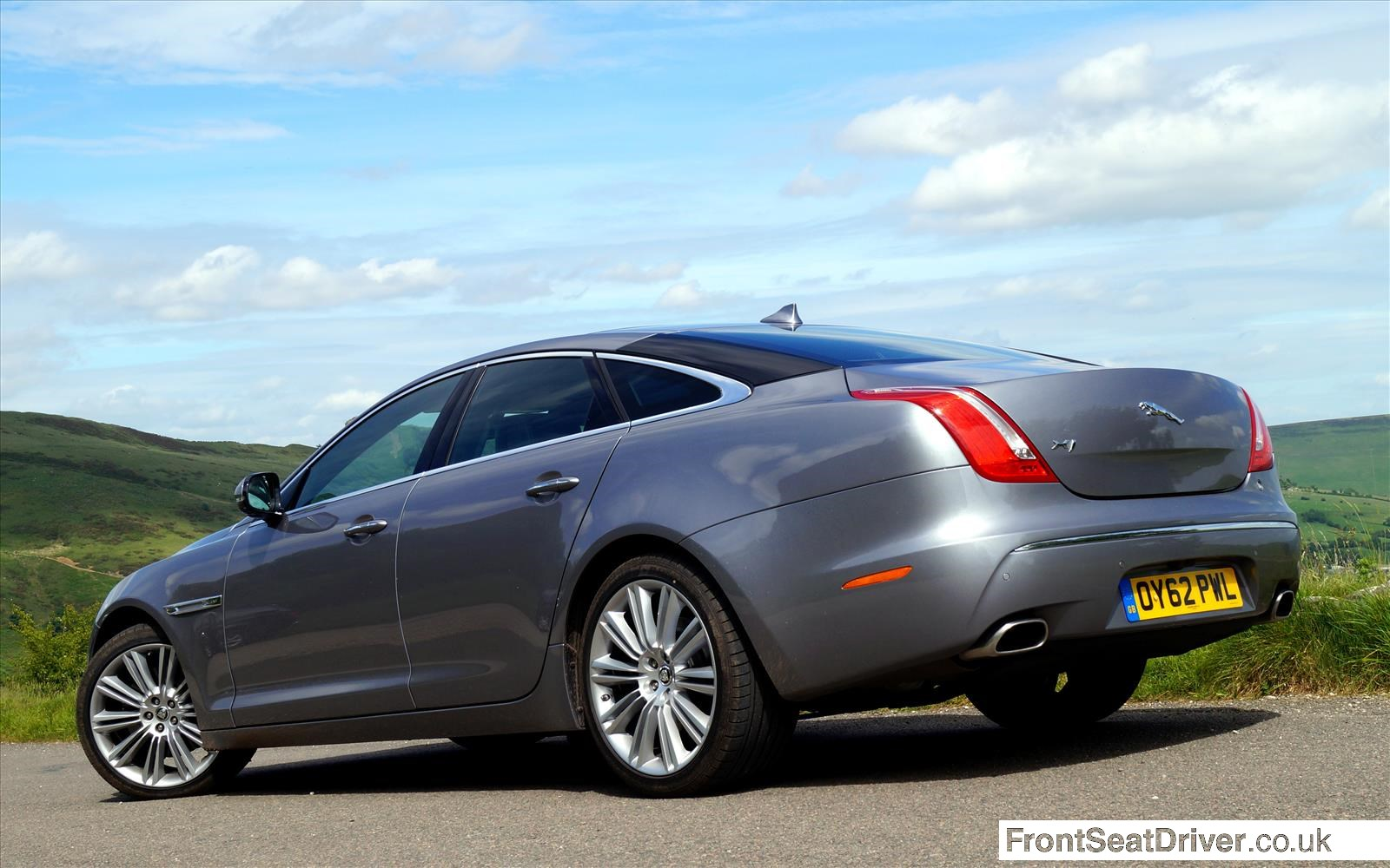 Jaguar XJ 2013 Rear