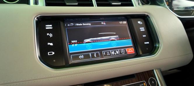 Range Rover Sport Dashbaord 2013 665x297