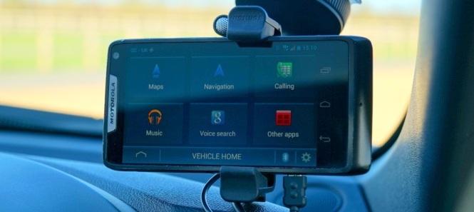TomTom Hands Free Car Kit for Smartphones 2014 665x297