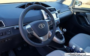 Toyota Verso 1.6 Diesel 2014 Cockpit Phil Huff FrontSeatDriver.co.uk