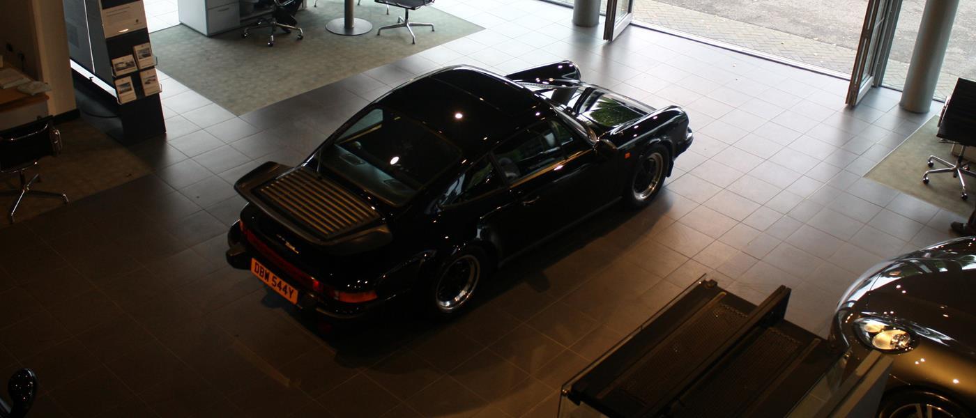 Porsche 911 SC Restoration 1982 Gallery 5