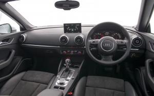 Audi A3 Cabriolet 2.0 TDI Sport 2014 Dashboard