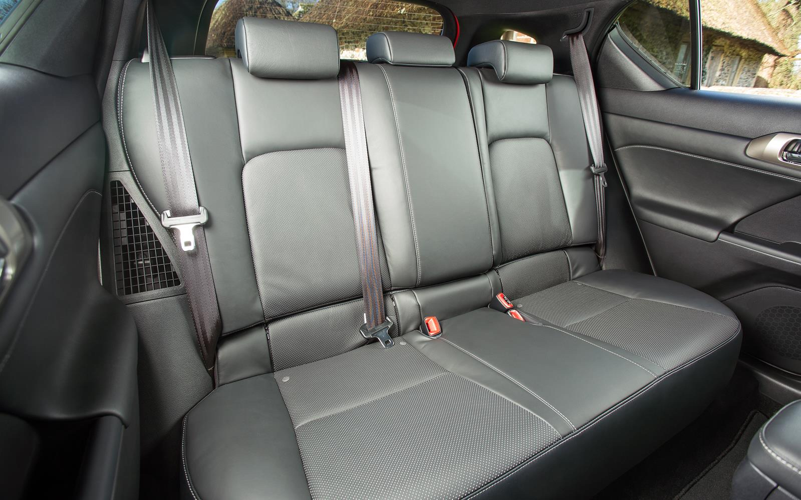 Lexus Ct 200h 2014 Rear Seats Frontseatdriver Co Uk