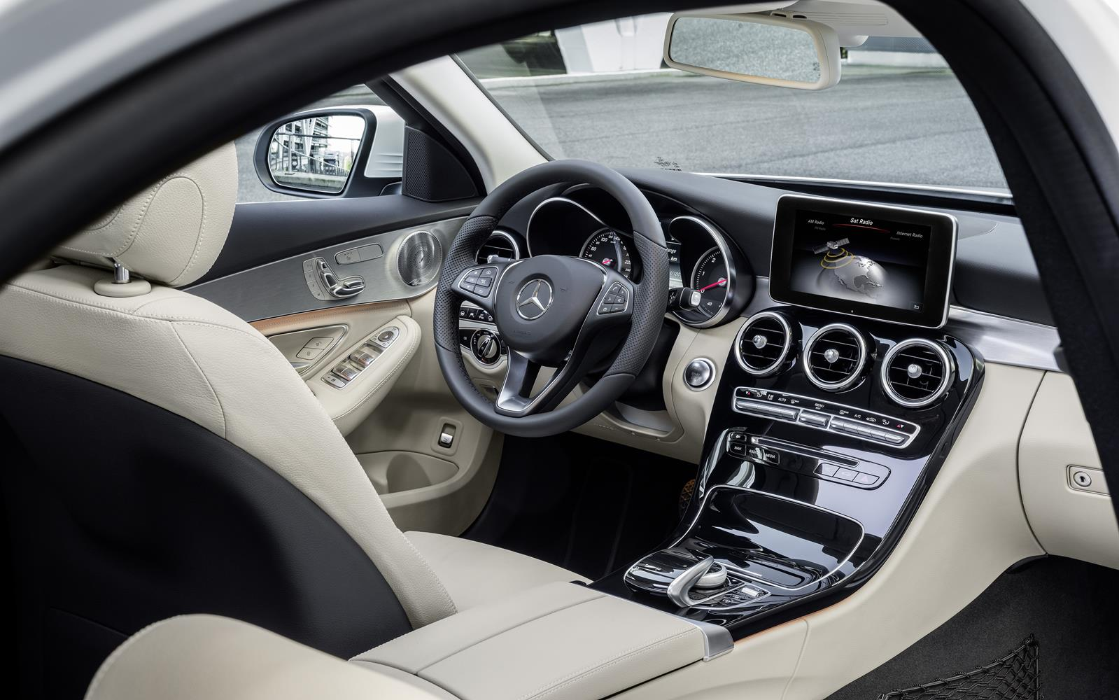 Mercedes C-Class 2014 Dashboard FrontSeatDriver.co.uk