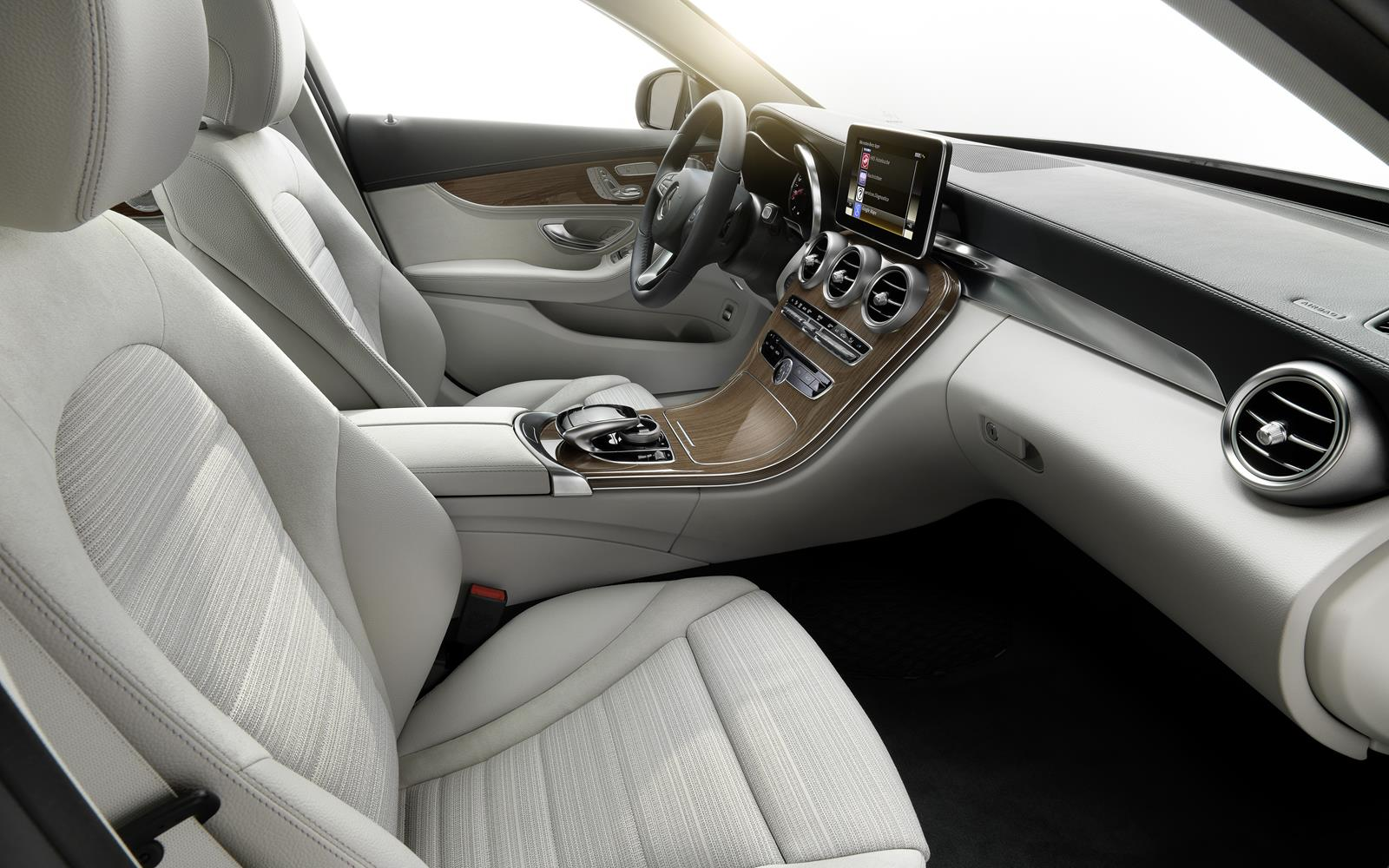 Mercedes C-Class 2014 Interior FrontSeatDriver.co.uk