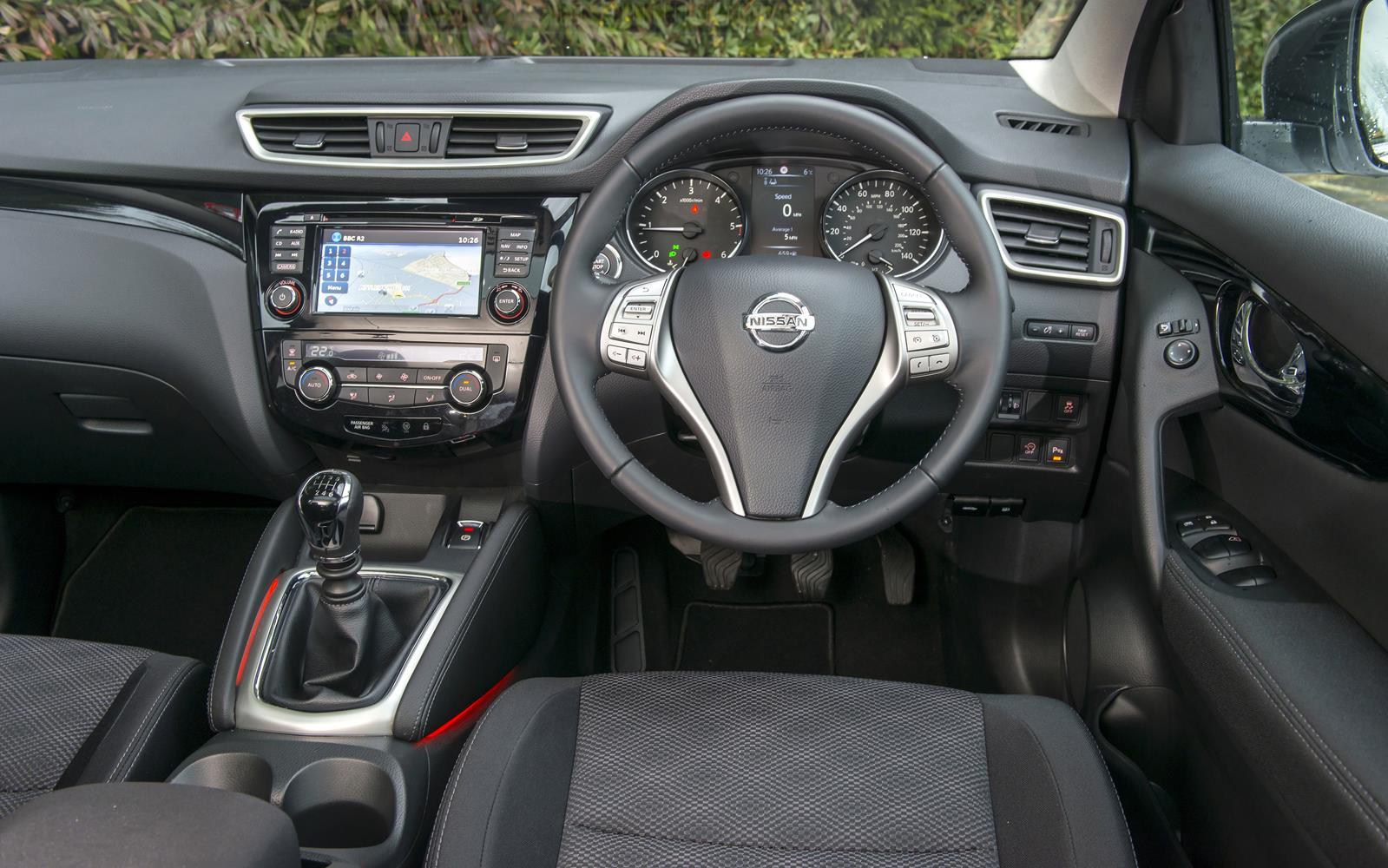 Nissan Qashqai 2014 Dashboard Frontseatdriver Co Uk Front Seat Driver