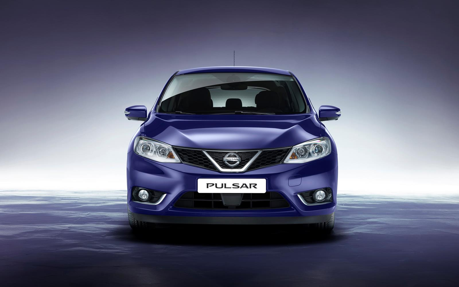 Nissan Pulsar 2014 Front FrontSeatDriver.co.uk