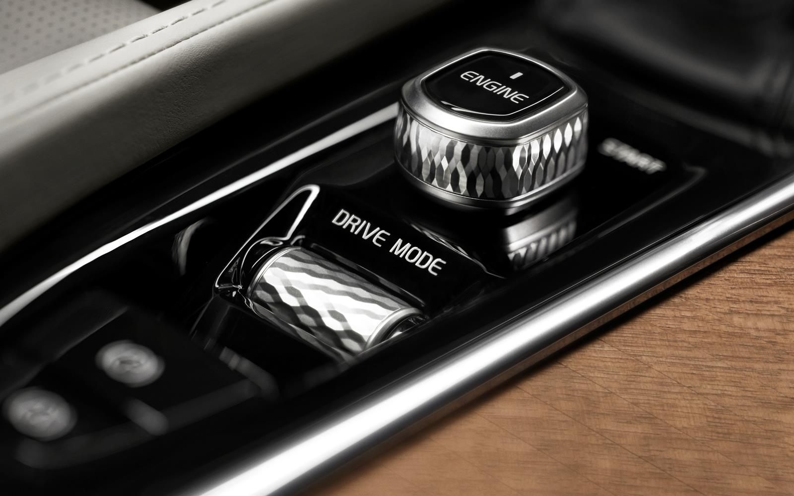 Volvo Xc90 Interior 2014 Start Button Detail