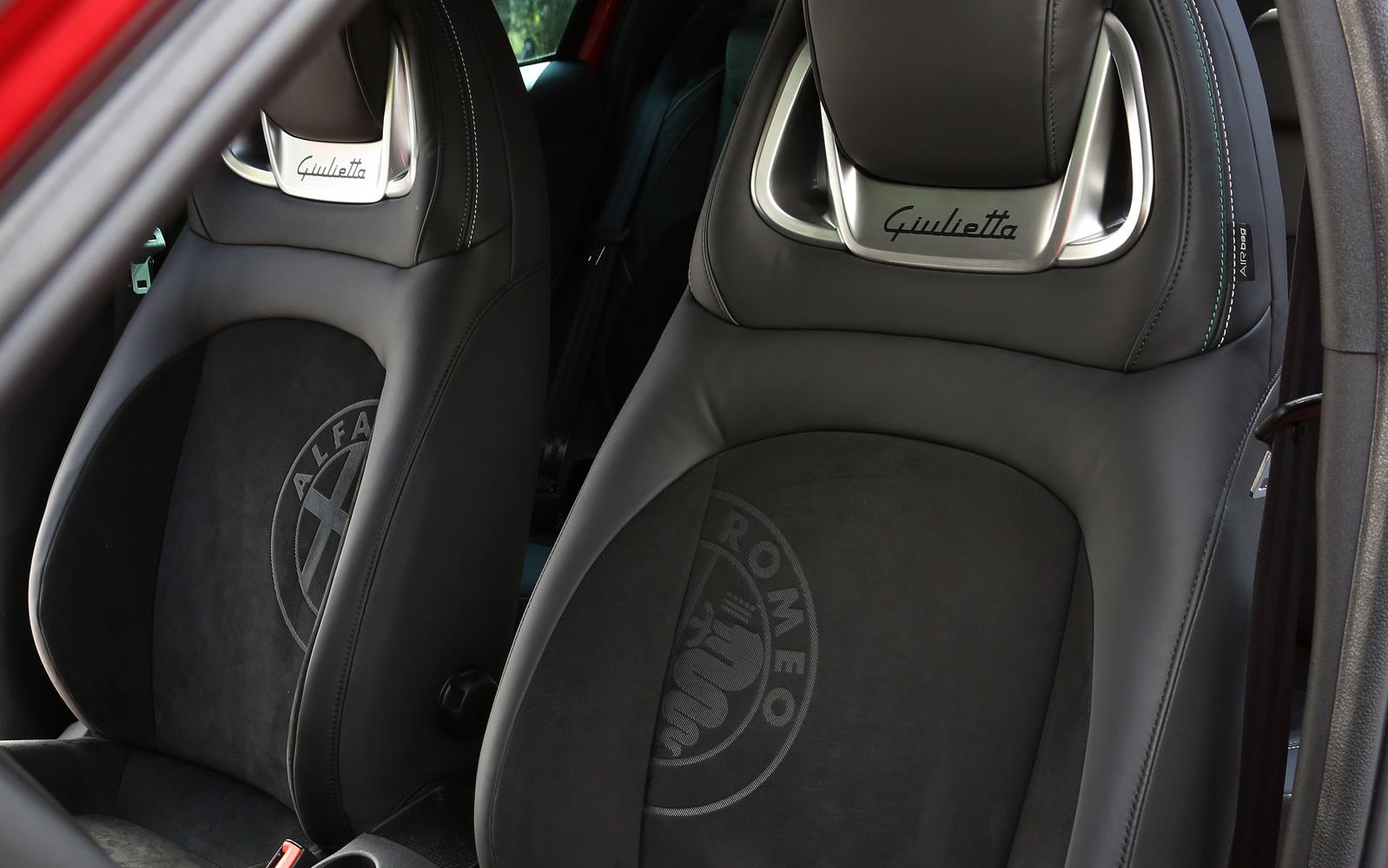 Alfa Romeo Giulietta Quadrifoglio Verde 2014 Seats