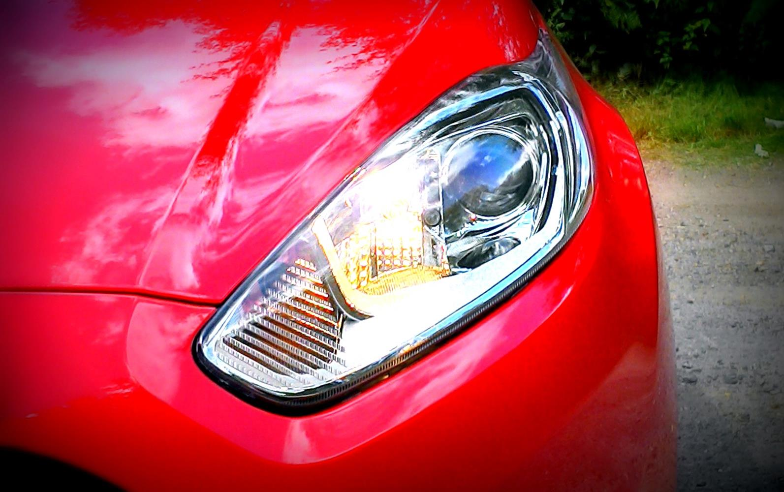 Ford Fiesta Red Black Edition 2014 Headlight Detail Phil