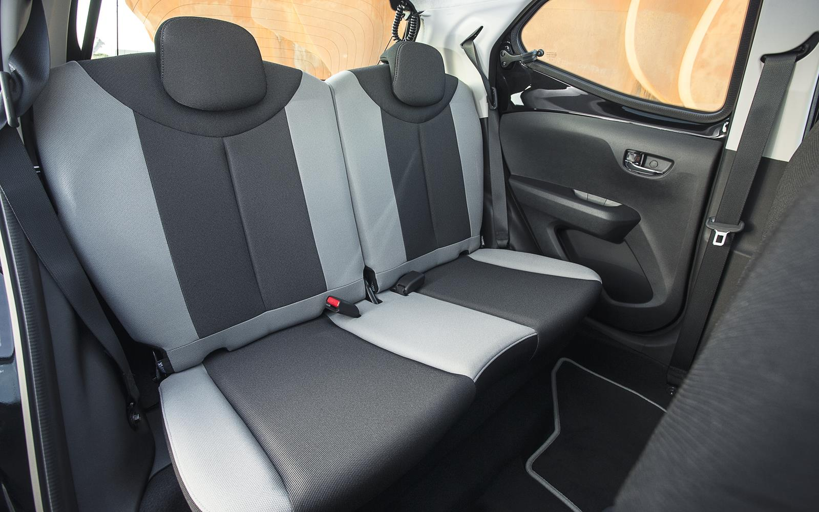 Toyota Aygo 2014 Rear Seats Frontseatdriver Co Uk Front