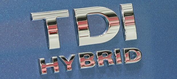 Volkswagen TDI Hybrid Badge Detail 2008 620x277