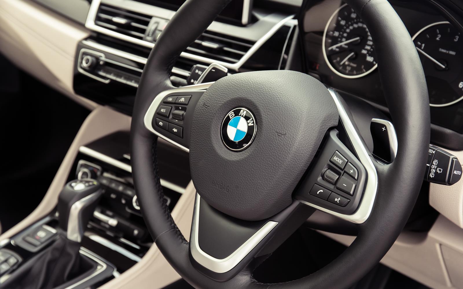 BMW 2 Series Active Tourer 2014 Cabin Detail FrontSeatDriver.co.uk