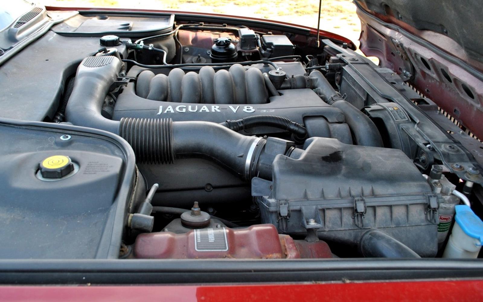 Jaguar XJ8 1998 Engine FrontSeatDriver.co.uk