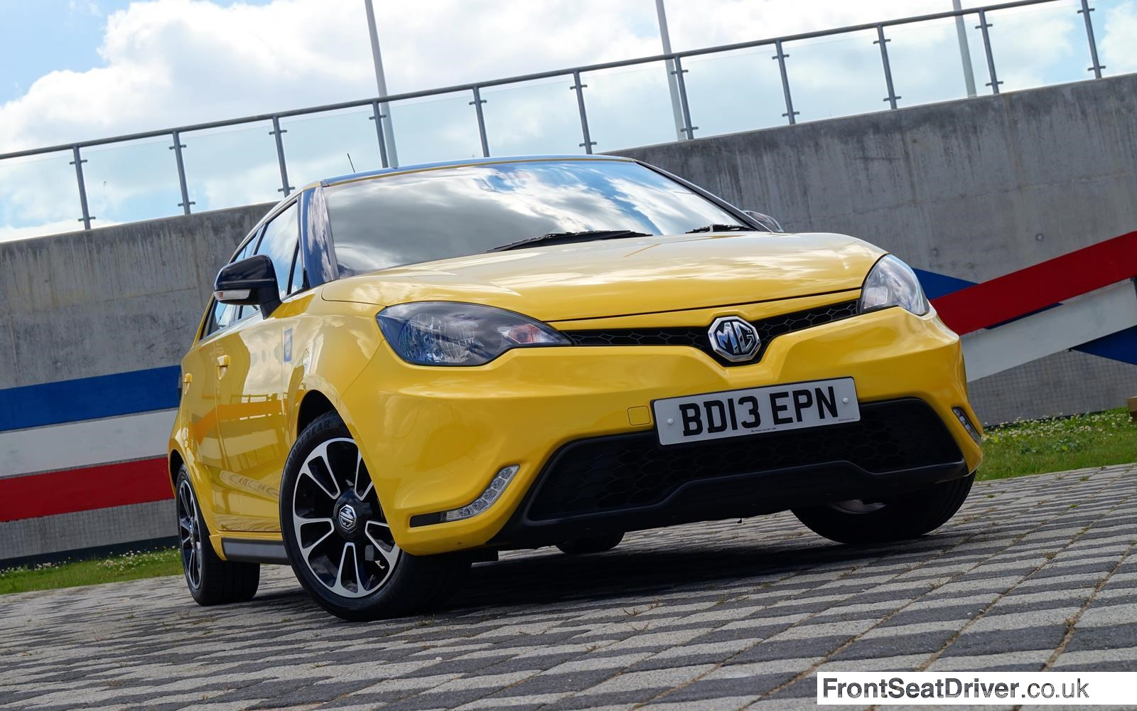 MG 3 2014 Front End Phil Huff FrontSeatDriver.co.uk