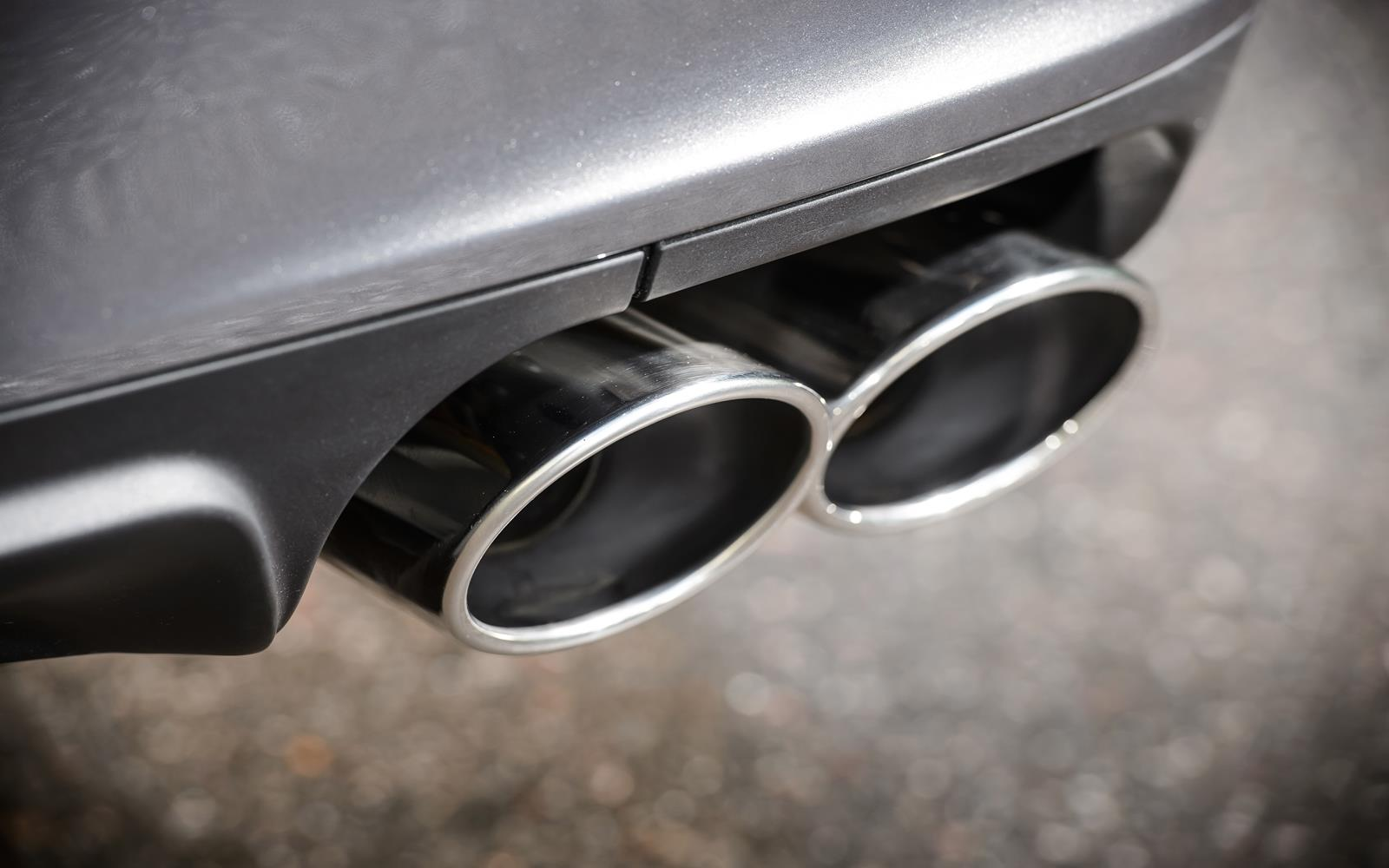 Maserati Ghibli 2014 Exhaust