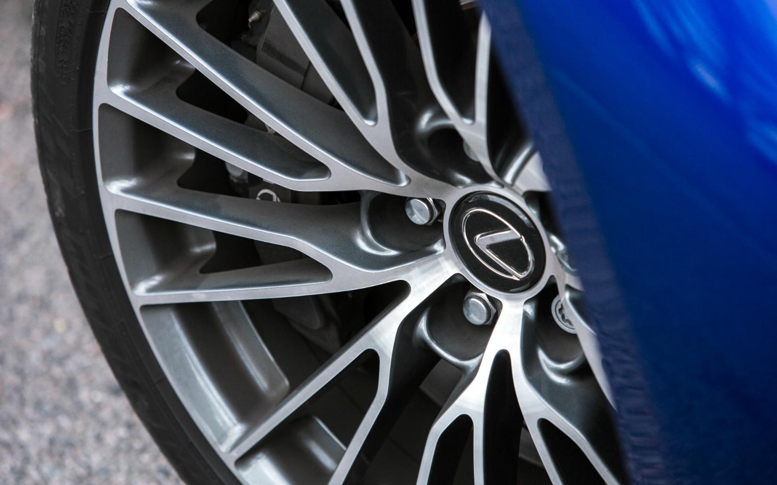 Lexus RC F 2015 Wheel Detail