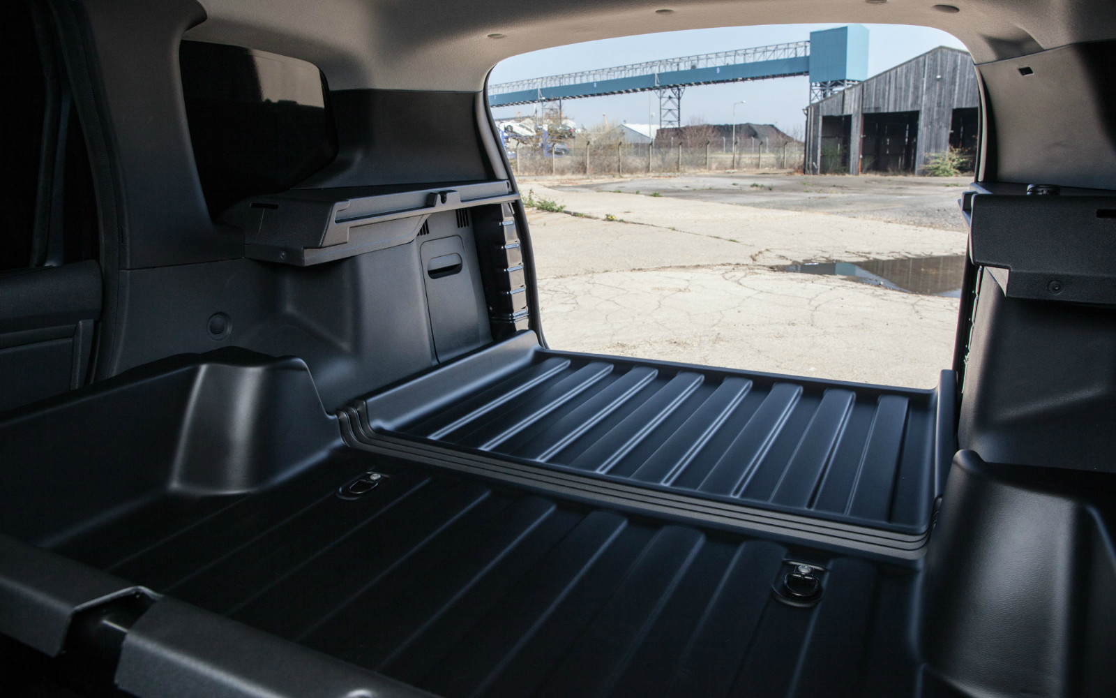 Phil Long Hyundai >> Dacia Duster LCV 2015 Cargo Bay Interior – Front Seat Driver