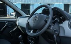 Dacia Duster LCV 2015 Cockpit