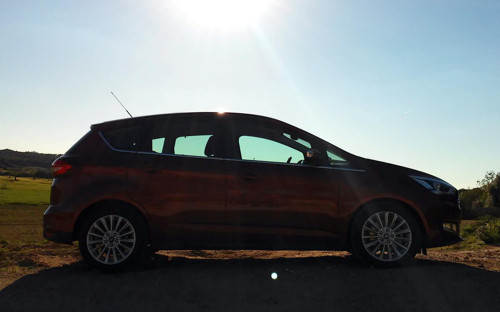 Ford C-Max 2015 Silhouette