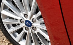 Ford C-Max 2015 Wheel Detail