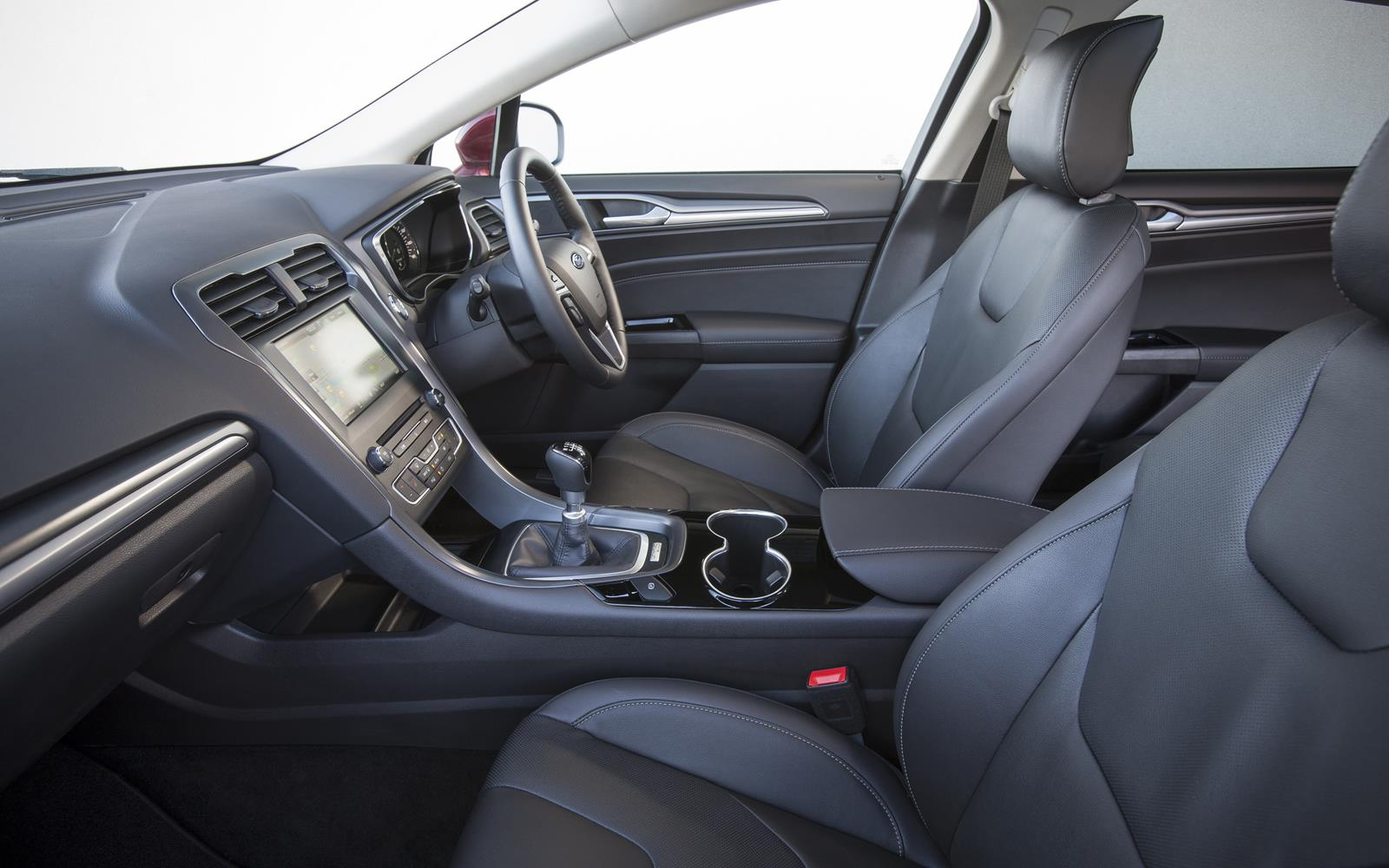 Ford Mondeo 2015 Front Seats