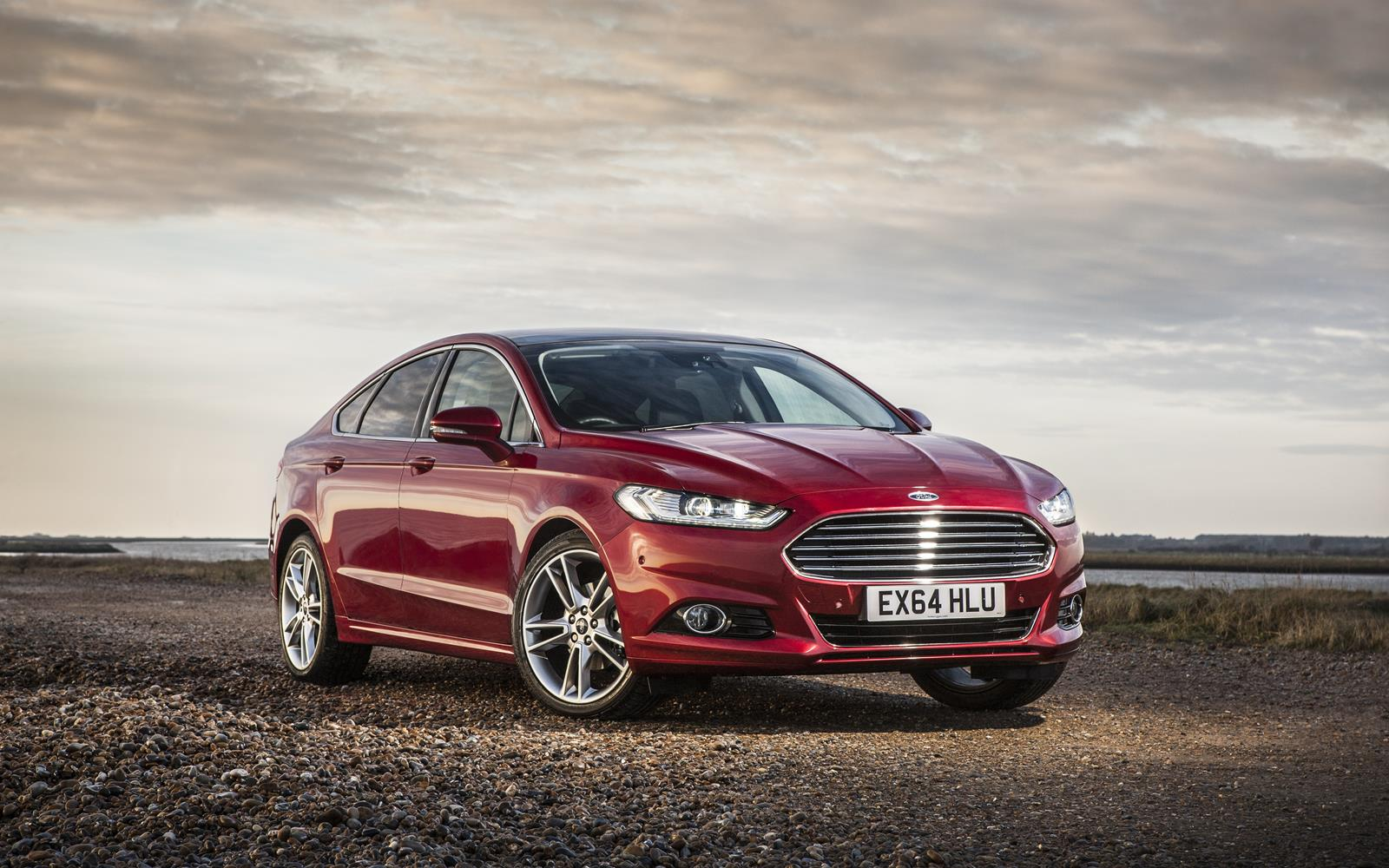 Ford Mondeo 2015 Front Static