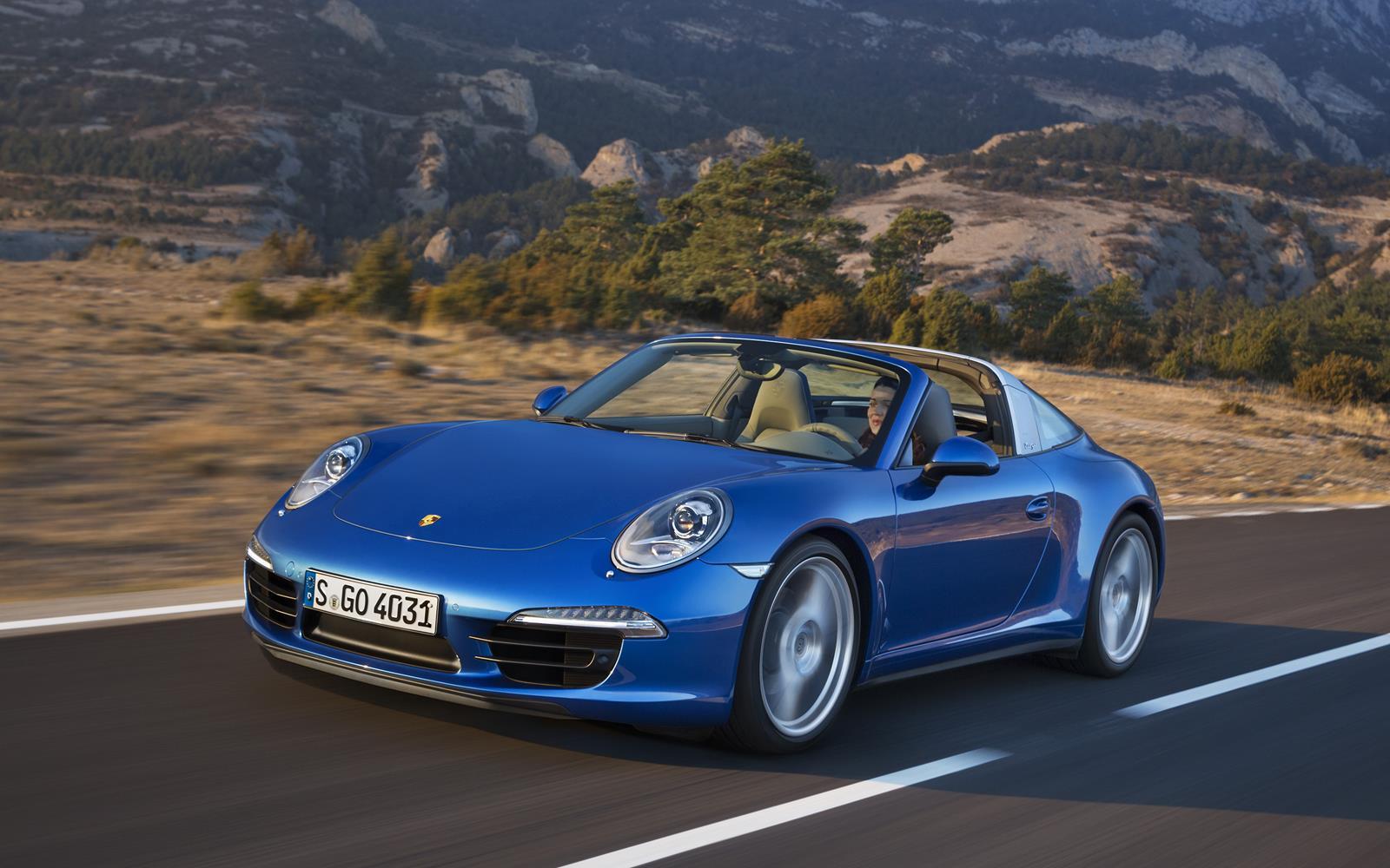 Porsche 911 Targa 4 2015 Front Dynamic