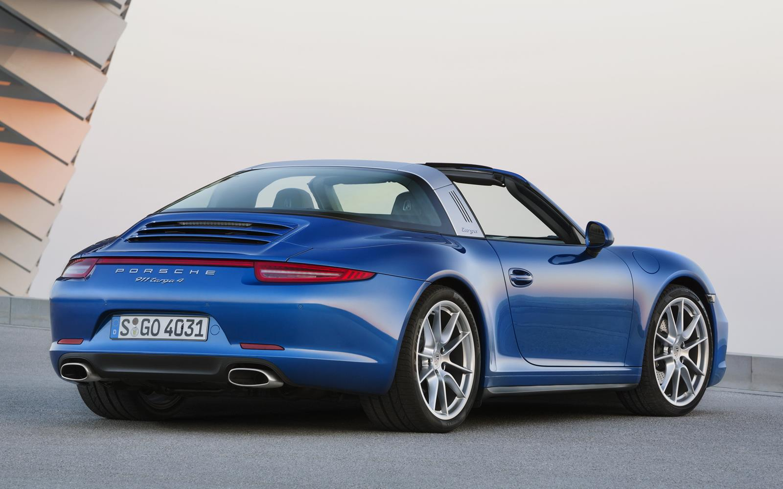 Porsche 911 Targa 4 2015 Rear Roof Open