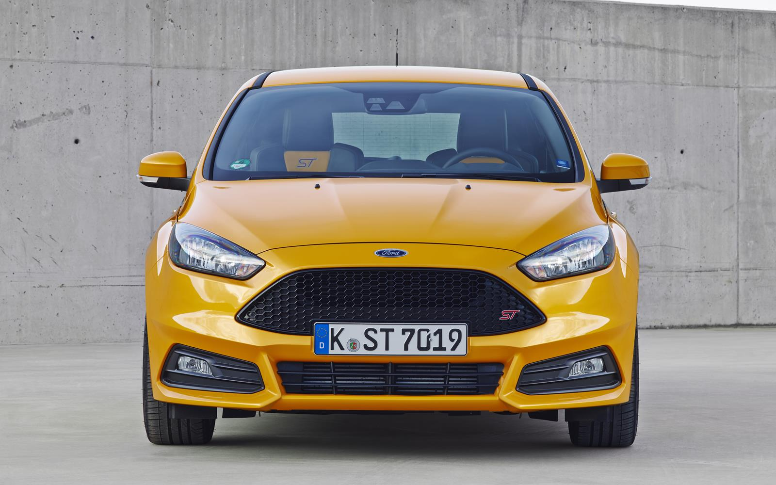 Ford Focus ST 2015 Nose Static