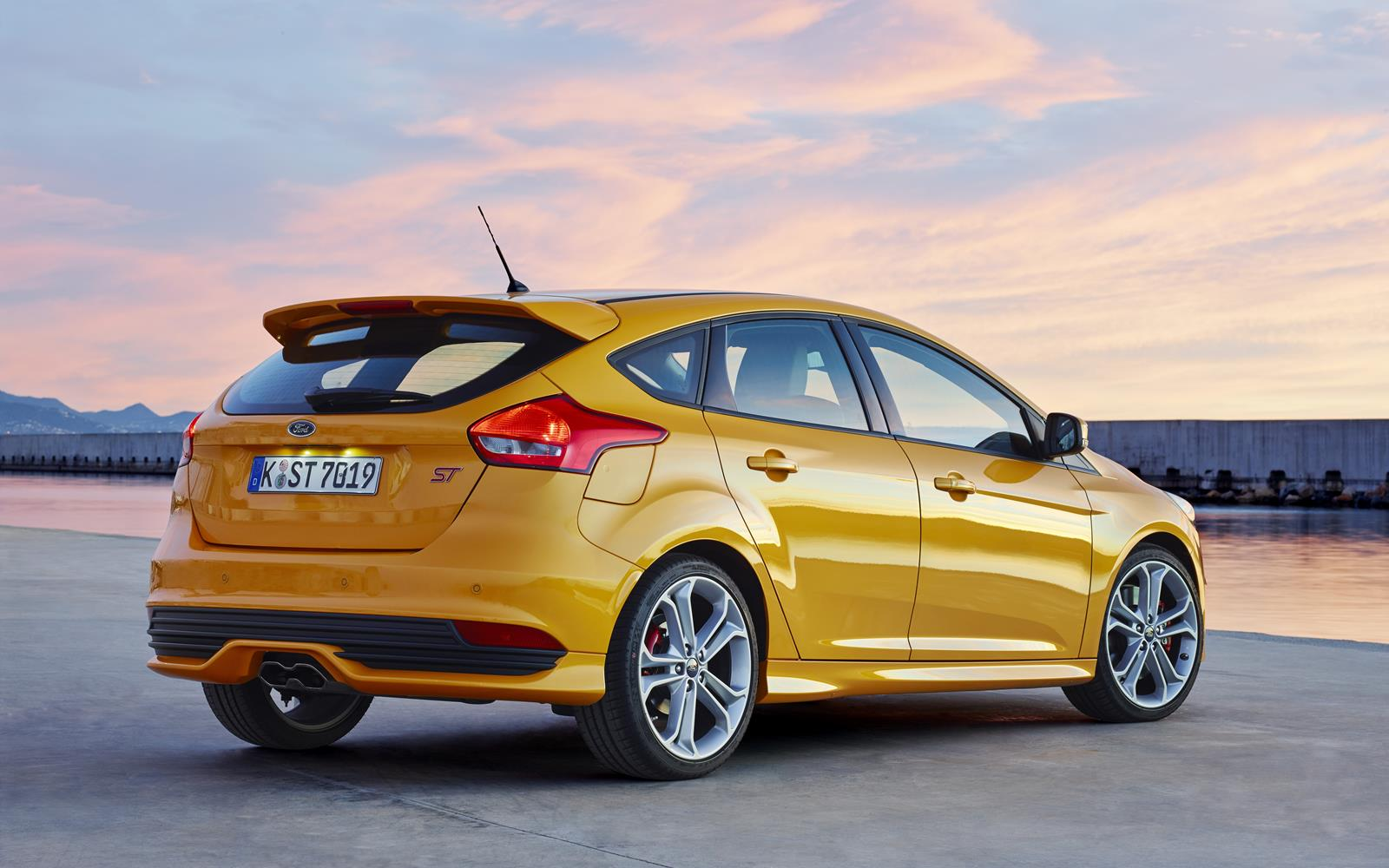 Ford Focus ST 2015 Rear Static