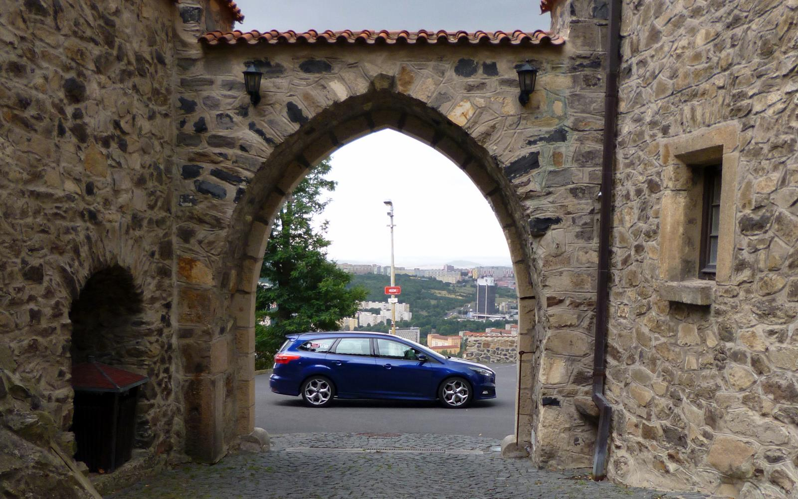 Ford Focus ST Road Trip with Jonny Edge 2015 12