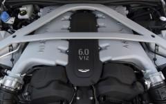 Aston Martin DB9 GT 2015 Engine