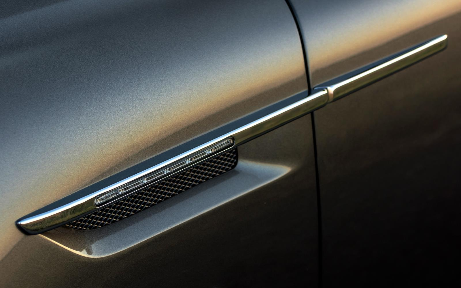 Aston Martin DB9 GT 2015 Wing Detail