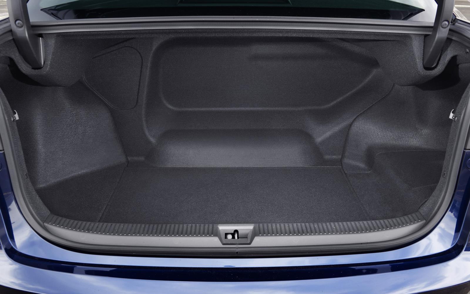 Toyota Mirai 2015 Boot