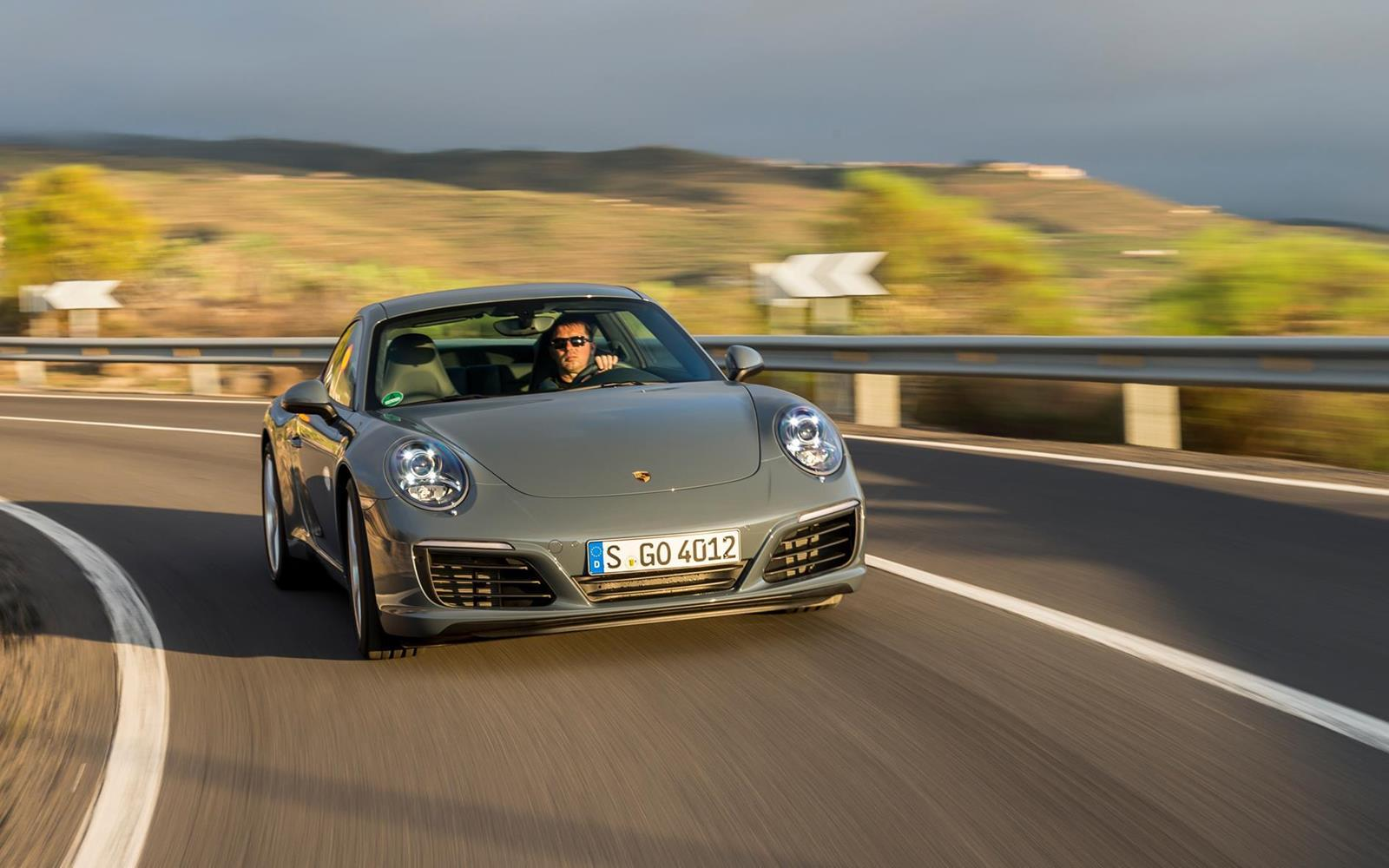 Porsche 911 Carrera 2015 Dynamic Front Clear