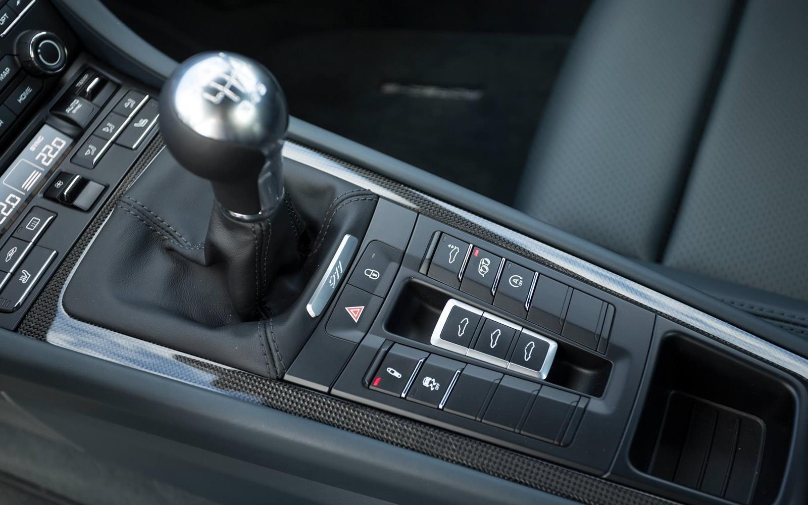Porsche 911 Carrera 2015 Interior Detail Centre Console